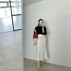Cute Modest Outfits, Classy Outfits, Casual Outfits, Autumn Fashion Women Fall Outfits, Womens Fashion, Uniqlo Women Outfit, Classy Wear, How To Pose, Korean Outfits