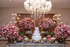 rustico simples noite Thaís e Rodrigo Wedding Desserts, Wedding Themes, Wedding Styles, Wedding Decorations, Elegant Wedding Cakes, Floral Wedding, Post Wedding, Dream Wedding, Quinceanera Party