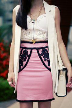 Blog da Lê-Moda e Estílo: Look - Saia bordada