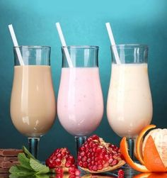 ixed Fruit Yogurt Smoothie:  You will need: Yogurt: 2 cups; Mixed seasonal fruits: 2 cups; Vanilla essence: 1-2 drops.  Method: Blend in all ingredients until smooth.  When: This drink is best for your breakfast.  Why: Fruits are high in vitamins, minerals, antioxidants and fibre- all vital for a healthy weight loss