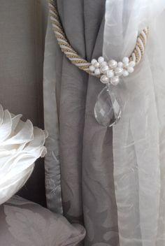 SET OF 2 romantic floral curtain holders faux pearls, vintage drops, curtain tiebacks, drapery holder - tie backs curtain, vintage drops
