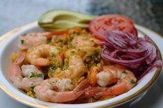 Arroz con camarones or shrimp rice - dinner tonight! Shrimp And Rice Recipes, Seafood Recipes, Cooking Recipes, Seafood Paella, Fish And Seafood, American Dishes, Sauteed Vegetables, How To Cook Shrimp, Avocado Recipes