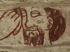 Araslövs kyrka inne i den fina slottsparken har målningar av Vittskövlemästaren. De är från 1450-75. En man med arborst skuter efter en ekorre!