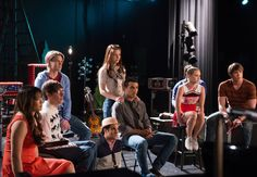 "Gleeks, can you believe that it is almost the end of Season 4 for Glee!!   Here are some great pics of upcoming episodes 4x20 ""Lights Out"" and 4x21 ""Wonder-ful""."