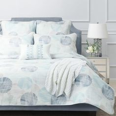 The Chase quilt cover set will bring a contemporary circle styling, incorporating a beautiful array of pastel colours...#quiltcovers #doonacovers #superkingquiltcovers #superkingbedlinen #bedlinen #linen #bedding #kingsheets #superkingsheets #quiltcover #homedesign #circle Circle Bed, Super King Size Bed, Superking Bed, European Pillows, King Sheets, White Sheets, Queen Quilt, Quilt Cover Sets, King Beds