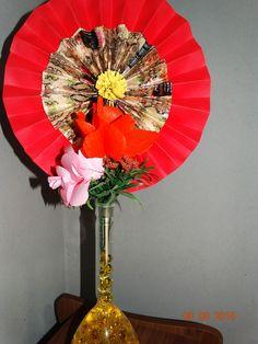 Hand Fan, Home Appliances, Vases, Paper, Ideas, House Appliances, Appliances