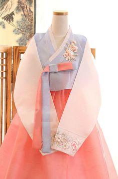 Hanbok Dress Custom Made Korean Traditional Woman Girls Korean National Costume Traditional Hairstyle, Korean Traditional Dress, Traditional Dresses, Traditional Wedding, Traditional House, Traditional Tattoo, Korean Dress, Korean Outfits, Hanbok Wedding