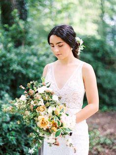 Grey & Gold Wedding Ideas via Magnolia Rouge