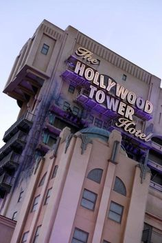 Tower hotel Disneyland paris