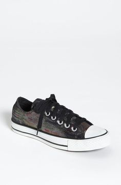 Chuck Taylor Shimmer Low Sneaker - Lyst