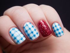 Costume Nails: Dorothy from The Wizard of Oz | Chalkboard Nails | Nail Art Blog....I recognized this right away...I absolutely love this design!!!
