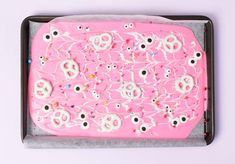 Party et Cie Bakes - Pink Monster Bark - A perfectly pink halloween treat!