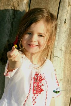 ca o domnisoara sau girl in Romanian traditional blouse (moon) Traditional Dresses, Traditional Art, Adorable Petite Fille, Smile Photo, 8th Of March, All Smiles, Sweet Girls, Beautiful Children, Country Girls