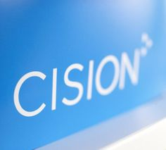 KOKEMUS - Cision Finlandilla tuotin mediaseuranta- ja -analyysipalveluita asiakkaille. Seurasin työssäni laajasti eri toimialoja ja yrityksiä sekä tuotin asiakkaille viestinnän tukipalveluja kuten julkisuusraportteja, media-analyysejä ja sosiaalisen median palveluita. Cisionilla opin käsittelemään suuria tietomääriä sekä tiivistämään asiakkaan kannalta keskeisen sisällön.