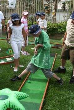 miniature putting course by putt2go.com for golf themed birthdays. Socal locations only.