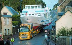 13 Heavy Transport Vehicle Made By Humans Big Rig Trucks, Semi Trucks, Cool Trucks, Train Truck, Road Train, Tow Truck, Peterbilt, Buy A Boat, Volvo Trucks