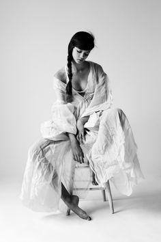 "bienenkiste: "" Marina Nery by Billy Kidd "" Editorial Photography, Portrait Photography, Fashion Photography, White Editorial, Editorial Fashion, White Fashion, Trendy Fashion, Anti Fashion, Fashion Models"