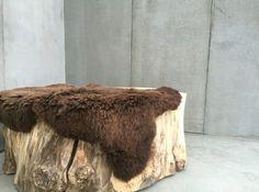 Schapenvacht Over Stoel : 38 beste afbeeldingen van schapenvacht fake fur sheepskin rug en