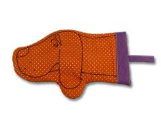 """Guanto da forno """"BAU Kids"""" ideato da MIJU arancio e viola. Abbinabile anche il guanto da adulto con stessi colori e fantasie — La Casa di Ninni"""