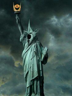 Statue de la Liberté avec sauron - Seigneur des Anneaux