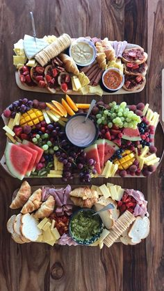 😍 Cheese Plates with variety can please any crowd...