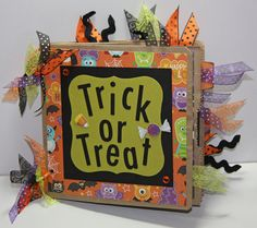 Mini Halloween Scrapbook Album