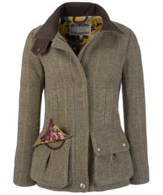 Cute tweed coat.