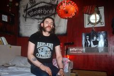 Lemmy Kilmister of Motorhead relaxes on his Pink Houseboat berthed on the Chelsea Embankment in London on August 01, 1980 in London, United Kingdom.  (Photo by FG/Bauer-Griffin/Getty Images)          170612F1