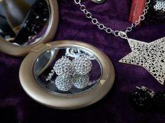 Pendientes de Plata Brillantes con bola de cristal tallado tipo swarovski. Elige tu tamaño ideal y el color que más te identifica. Fíjate bien en las ofertas para Navidad!! Precio: desde 12.35€
