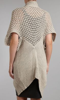 Chunky_knit_sweater_lacy
