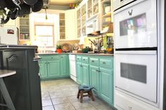 kitchen cabinets painted turqouies   urquoise represents water. If your favorite color is turquoise then ...