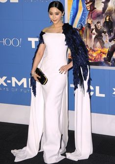 Fan Bingbing at the New York Premiere of X-Men In Georges Chakra's Fall 2012 Couture white gown and a Louis Vuitton clutch. #fanbingbing
