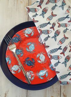 """SUPER CUTE melamine salad plates """"PATRIOTIC CRAB"""" design by Cynthia Rowley.  Red White and blue"""