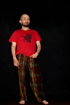 cómodos y ligeros/pantalón hombre/Tela Africana PH: Javier Barbosa