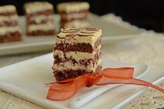 Prajitura cu blat de cacao si crema de mascarpone Cake Recipes, Dessert Recipes, Desserts, Food Cakes, Tiramisu, Caramel, Chocolate, Ethnic Recipes, Mariana