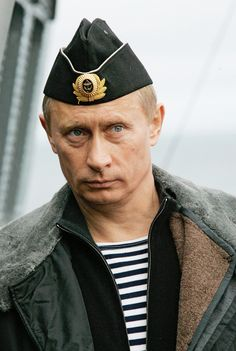 Vladimir Putin is assembling a secret fleet of super submarines which could topple NATO and plunge the world into war. A report by naval experts warns that Russia already has a small but sophistica…