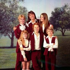 The Partridge Family - Season 2 - 4 Cast: Shirley Jones as Shirley Partridge; David Cassidy as Keith Partridge; Susan Dey as Laurie Partridge; Danny Bonaduce as Danny Partridge; Brian Foster as Chris Partridge; Suzanne Crough as Tracy Partridge; Dave Madden as Reuben Kinkaid