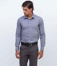 Camisa masculina  Slim  Manga longa  Marca: Preston Field  Tecido: algodão com elastano  Composição: 67% algodão, 29% nylon, 4% elastano  Modelo veste tamanho: 03     Medidas do modelo:     Altura: 1,86  Tórax: 100  Cintura: 82  Quadril: 92     Está com dúvidas na tabela de medidas? Confira abaixo a equivalência dos tamanhos para facilitar sua compra:     01 = PP  02 = P  03 = M  04 = G  05 = GG  06 = XG       COLEÇÃO INVERNO 2016     Veja outras opções de  camisas masculinas.