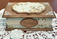 Одноклассники Decoupage Wood, Decoupage Vintage, Jewelry Cabinet, Antique Boxes, Altered Boxes, Vintage Box, Jewellery Storage, Keepsake Boxes, Wooden Boxes