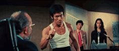 When you're standing up to the man: 24 Perfect Bruce Lee GIFs For Absolutely Every Situation Bruce Lee, Way Of The Dragon, Fresh Off The Boat, Kelly Hu, Gif Animé, Animated Gif, Japanese American, Asian American, New Chinese