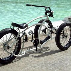 3 wheeled fat bike #fatbike #bicycle #fat-bike I think I kinda love this!