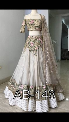 Indian Wedding Gowns, Indian Bridal Outfits, Indian Gowns Dresses, Indian Designer Outfits, Designer Dresses, Pakistani Dresses, Wedding Dresses, Party Dresses, Lehnga Dress