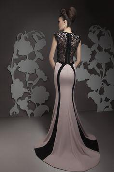 Pretty Prom Dresses, Stunning Wedding Dresses, Beautiful Gowns, Elegant Dresses, Formal Dresses, Casual Dresses, Couture Dresses, Fashion Dresses, Indian Gowns Dresses