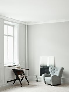 The Tired Man armchair looks at home in this charming Copenhagen apartment styled by and photographed by for Retro Sofa, Vintage Sofa, Living Room Inspiration, Interior Inspiration, Shabby Chic Armchair, World Market Dining Chairs, Contemporary Armchair, Hanging Chair From Ceiling, Mid Century Modern Armchair