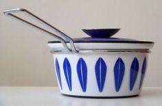 Vintage Catherineholm Norway Lotus enamelware sauce pan. 1970's Designed by Greta Prytz Kittelsen.
