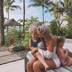 Tammy, Wolf and Saskia Hembrow Tammy Hembrow, Family Photos, Couple Photos, Future Goals, Island Life, Best Mom, Life Goals, Family Life, Workout Programs