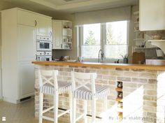 Biała kuchnia z drewnianymi blatami - Kuchnia - Styl Skandynawski - My love shabby.BLOG