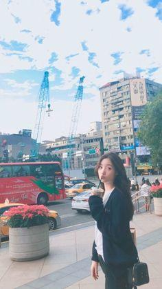 South Korean Girls, Korean Girl Groups, Arin Oh My Girl, Jung Chaeyeon, Ulzzang Korean Girl, Korean Street Fashion, Ioi, Seulgi, Aesthetic Girl
