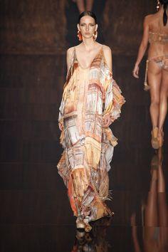 Verão da Água de Coco é inspirado nos tesouros da Amazônia - Vogue   Desfiles