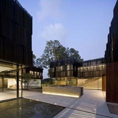 Completed in 2011 in Singapore, Singapore. Images by Pedro Pegenaute . For a private residence in Singapore, Shanghai-based architecture firm Neri & Hu Design and Research Office pays homage to the client's Chinese. Singapore Architecture, Chinese Architecture, Residential Architecture, Interior Architecture, Black Architecture, Sustainable Architecture, Interior Design, Neri And Hu, Hotels